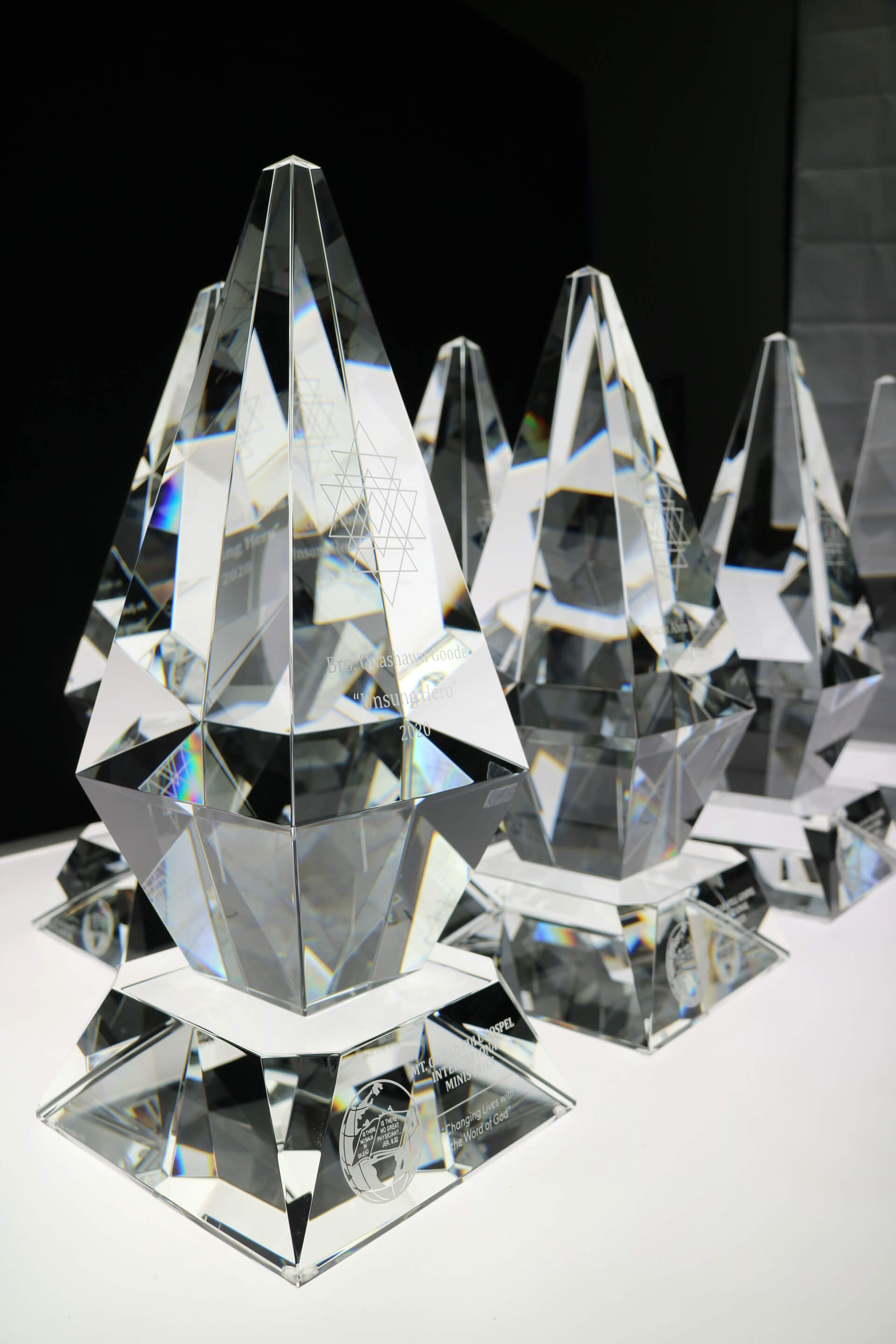 modern-crystal-trophy-customized-engraved-corporate-recognition-award-north-america-church-8