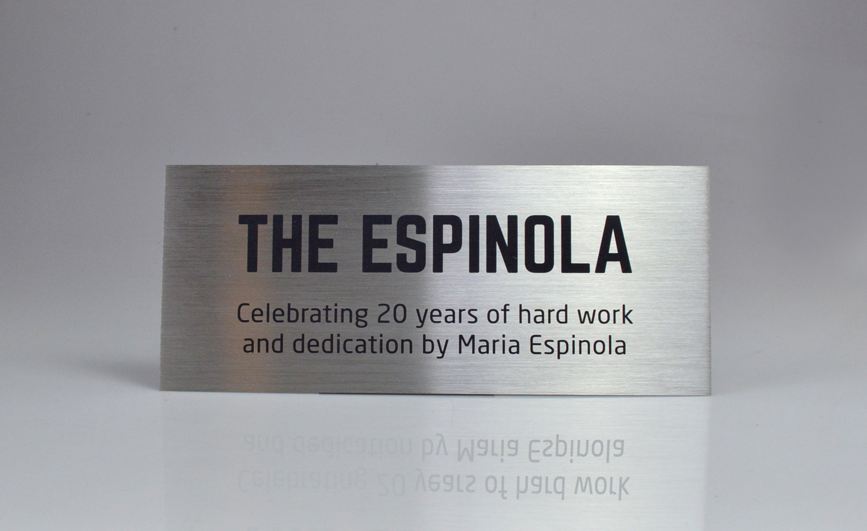 custom-award_personalized_stainless-steel-sign_corporate-recognition_north-america