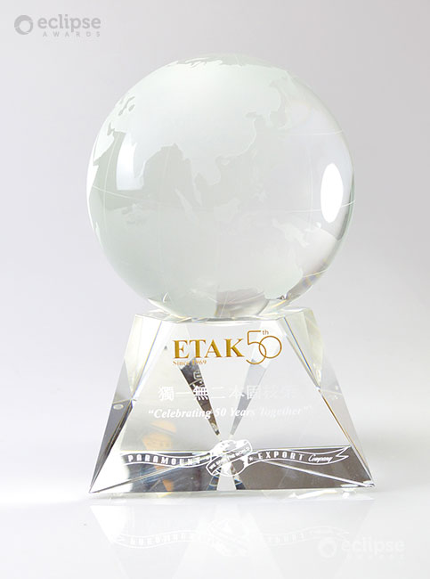 classic-personalized-crystal-globe-corporate-recognition-trophy-north-america-revolution-2