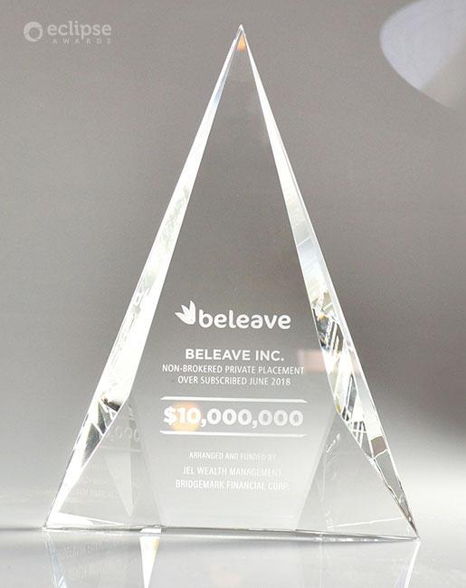 classic-personalized-engraved-crystal-corporate-recognition-column-trophy-vancouver-2