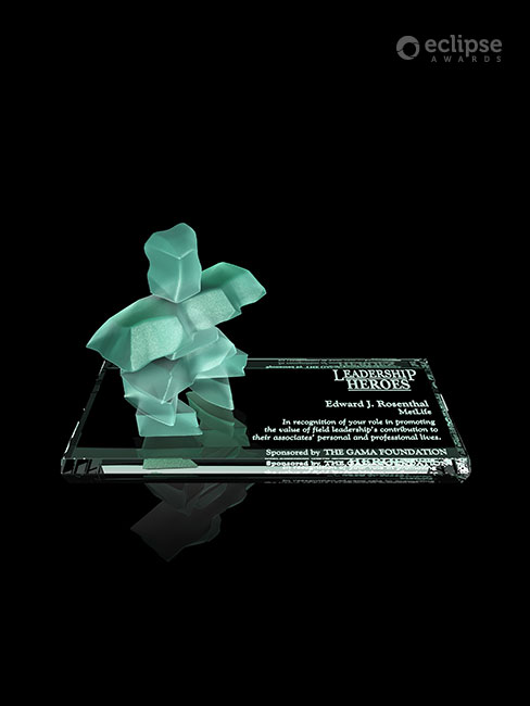 classic-personalized-sandblasted-nonprofit-recognition-trophy-canada-inukshuk-3