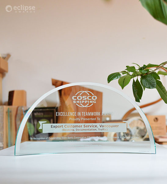 Classic-sunrise-crystal-trophy_personalized-engraved-corporate-recognition-award_north-america