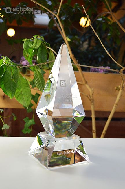 modern-crystal-trophy-customized-engraved-corporate-recognition-award-north-america-4