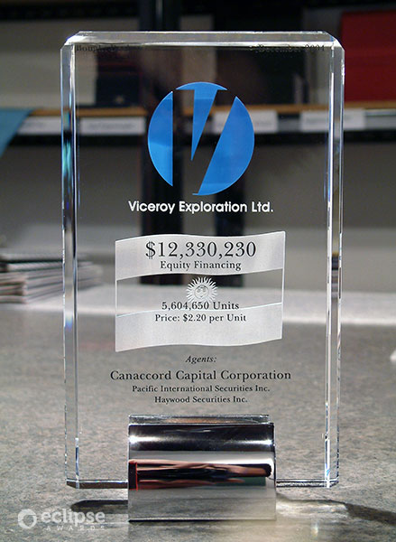 modern-customized-crystal-and-chrome-award-corporate-recognition-award_bc-trophy-shop-3