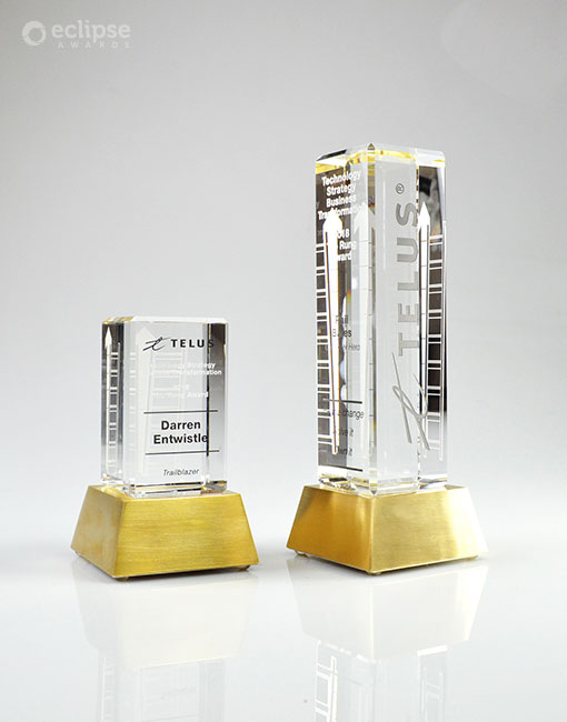 modern-customized-trophy-engraving-crystal-and-chrome-corporate-trophy-nova-award-vancouver