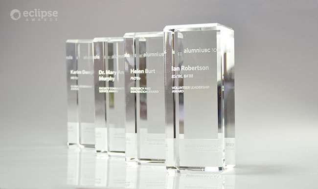 modern-customized-trophy-engraving-crystal-corporate-trophy-nova-award-bc-2