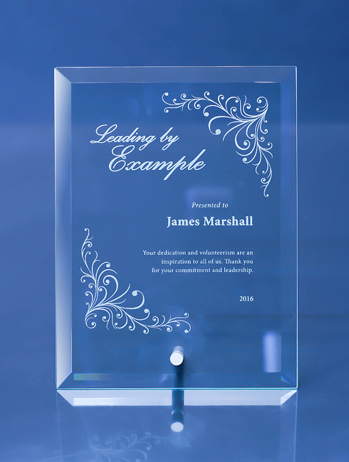 modern-personalized-apprentice-trophy-plaque_custom-trophy-engraving_corporate-gift_vancouver