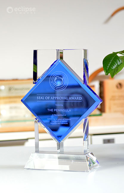 modern-personalized-engraved-crystal-corporate_seal-of-approval-award_canada-2