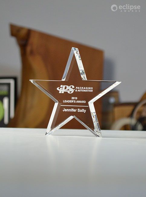 modern-personalized-sandblasted-crystal-star-trophy-plaque-corporate-employee-award-canada