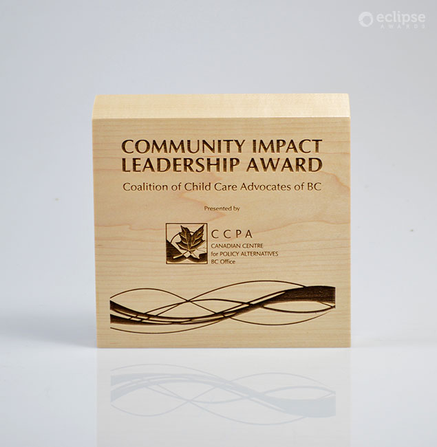 sustainable-customized-plaques-laser-engraved-eco-friendly-nonprofit-award-canada