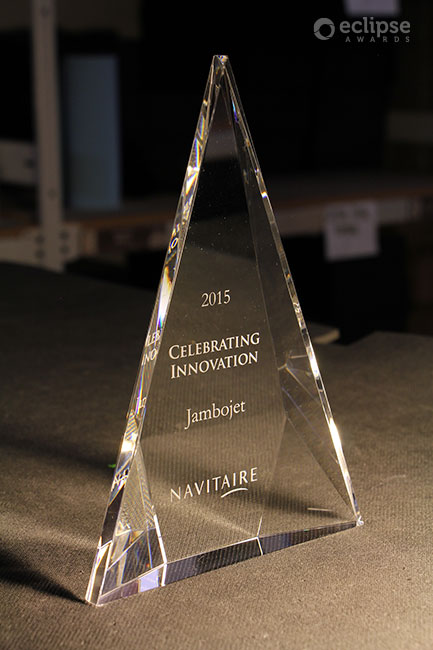 unique-customized-engraved-crystal-trophy-corporate-financial-tombstones-north-america