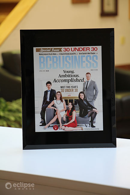 unique-customized-wall-plaque-custom-certificate-frame-corporate-award-canada-2