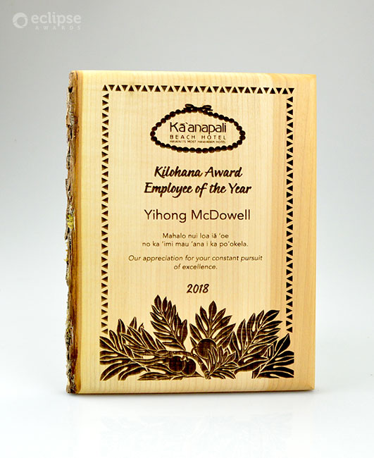 unique-eco-friendly-green-salvaged-wood-wall-plaque_hotel-staff-award-BC