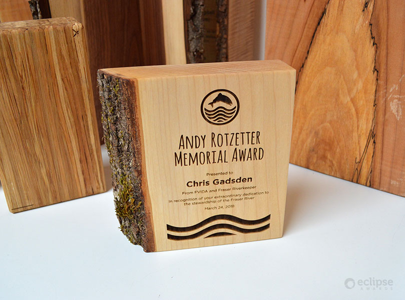 unique-sustainable-laser-engraved-salvaged-wood-corporate-recognition-award_canada-trophy-shop-3