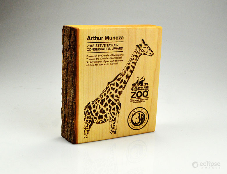 unique-sustainable-laser-engraved-salvaged-wood-nonprofit-recognition-award_usa