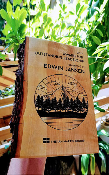 unique-sustainable-laser-engraved-salvaged-wood-nonprofit-recognition-award_vancouver