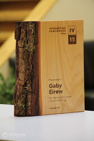 unique-sustainable-personalized-salvaged-wood-nonprofit-recognition-award_vancouver-trophy-shop