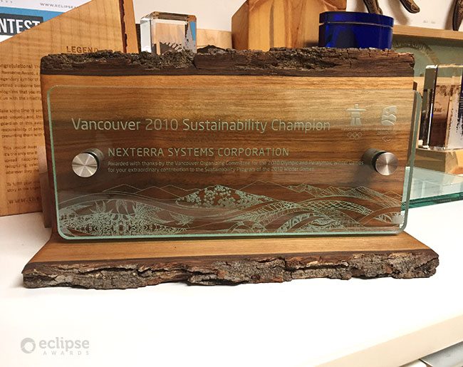 unique-sustainable-salvaged-wood-and-glass-charity-employee-recognition-trophy-canada