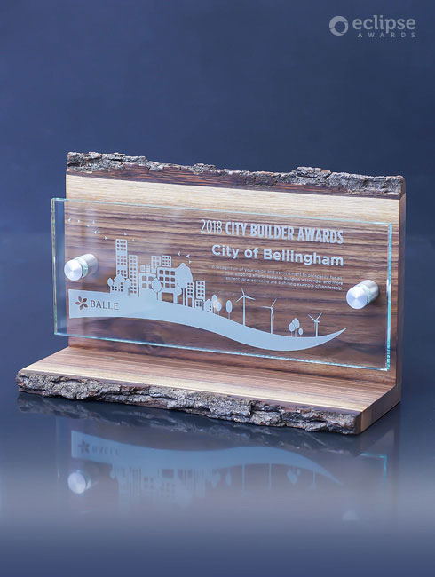 unique-sustainable-salvaged-wood-and-glass-custom-trophy-employee-recognition-trophy-canada